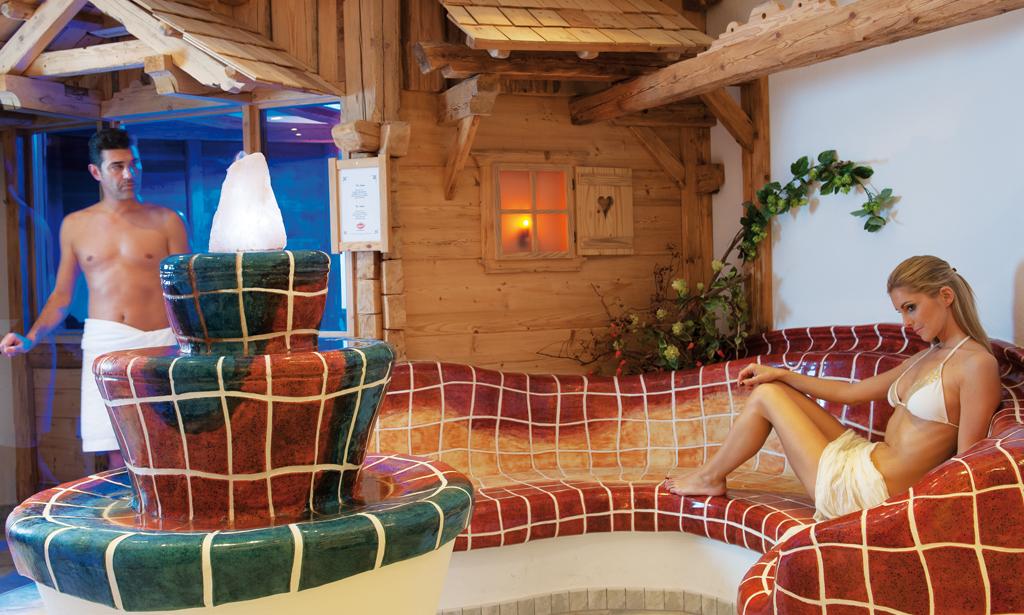 Wellness-Sauna-Forelle-Tux.jpg