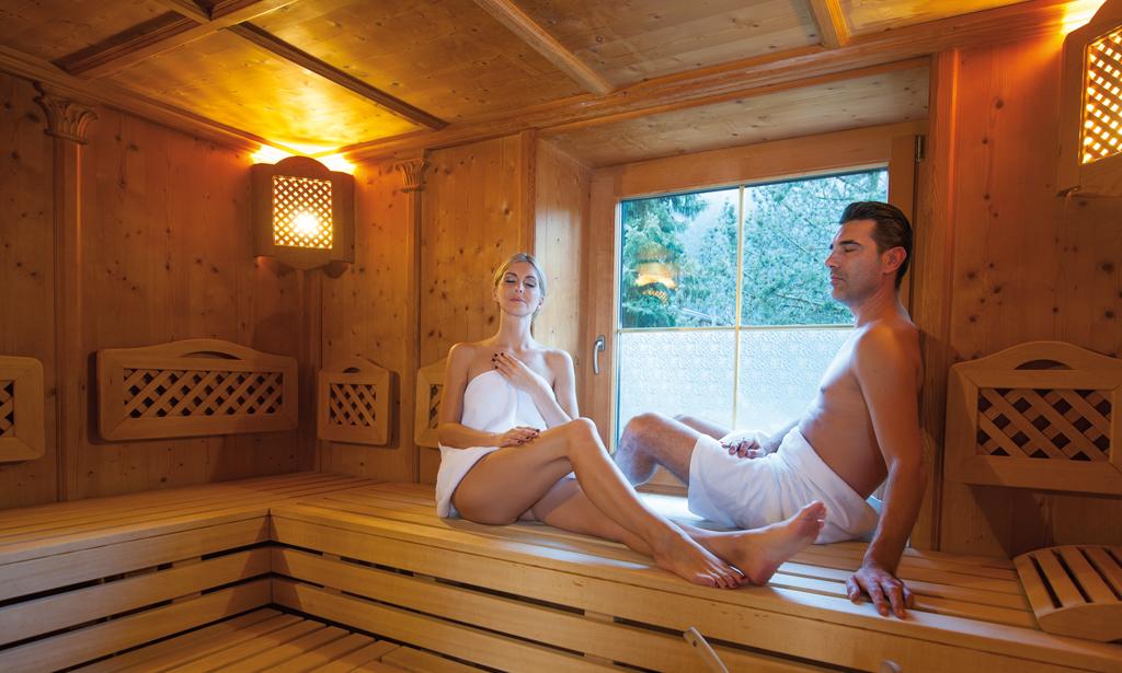 Wellness-Sauna2-Forelle-Tux.jpg